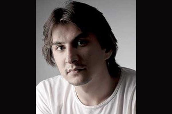 مصاحبه مدیر مسئول مجله «ایشیق» با خبرگزاری کتاب ایران