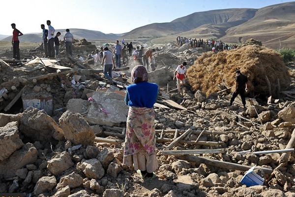 خبرهای زلزله دلمان را لرزاند… / محمد رخشانیکیا